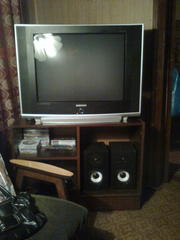 HD телевизор samsung 72см.