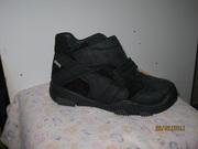 Продам новую детскую обувь