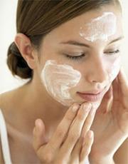 Чистка лица,  маски для лица,  омолаживающие процедуры. массаж