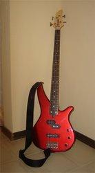 Продаю бас гитару Yamaha RBX170 1300грн