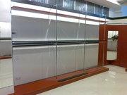 Продам витрины для магазина одежды. Прилавки-витрины б у