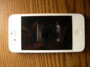 Apple iPhone 4 8Gb Neverlock + подарок