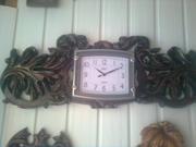 Часы настенные из дерева ручной работы.
