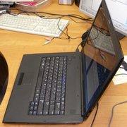СРОЧНО!!! Ноутбук Samsung R70 в идеальном состоянии (сломан видеочип)