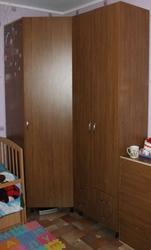 Угловой шкаф,  книжки и шкаф с полками (можно ставить раздельно/вместе)