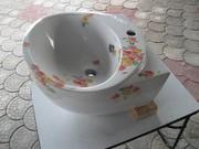 Раковина в цветочек. Размеры: ш.- 480 мм;  в - 330 мм;  глубина - 460 мм