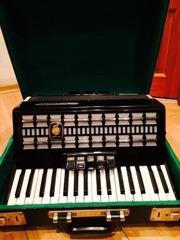Продам аккордеон  weltmeister serino нем.производства в идеальном состоянии