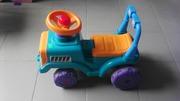 Машина детская для игры и катания