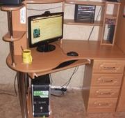 Продам компьютерный стол.Цена в рублях 5000.