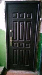 Входные двери б.у