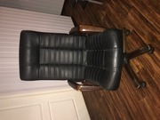 Продам офисное кресло кожзаменитель б/у- 4000 руб