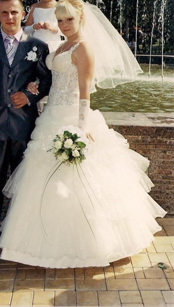 Купить свадебное платье в Донецкой области Продажа свадебных платьев бу в Донецкой области