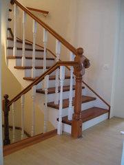 Деревянные лестницы ступени балясины Донецк столярка (050)536-25-32
